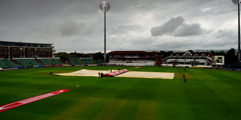LIVE: Women's Ashes Test match – Day Two scorecard – rain delay