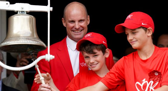Andrew.Strauss.Red_.Lord_.s.PA_