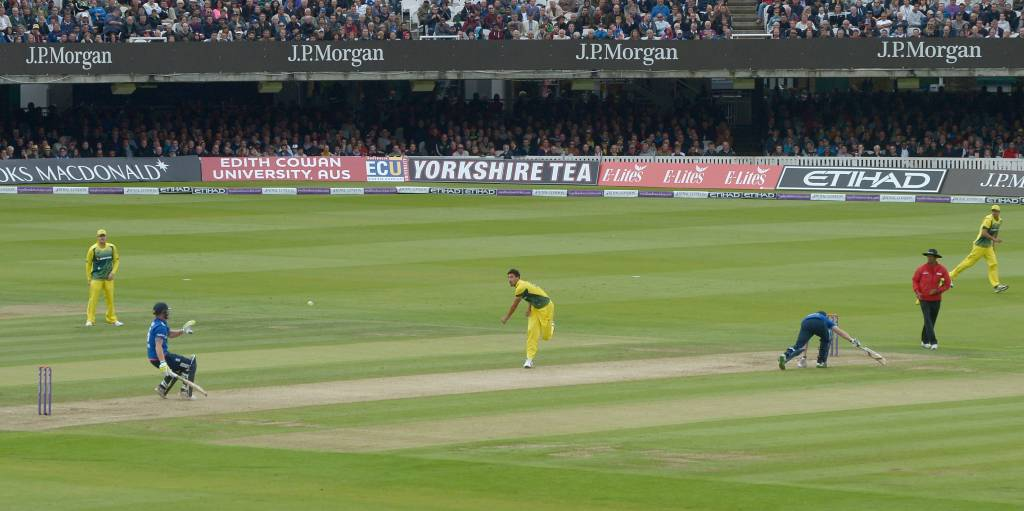 Ben Stokes Mitchell Starc 2015 obstructing the field PA