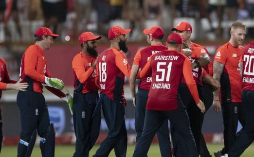 Eoin Morgan England team celebrate South Africa T20