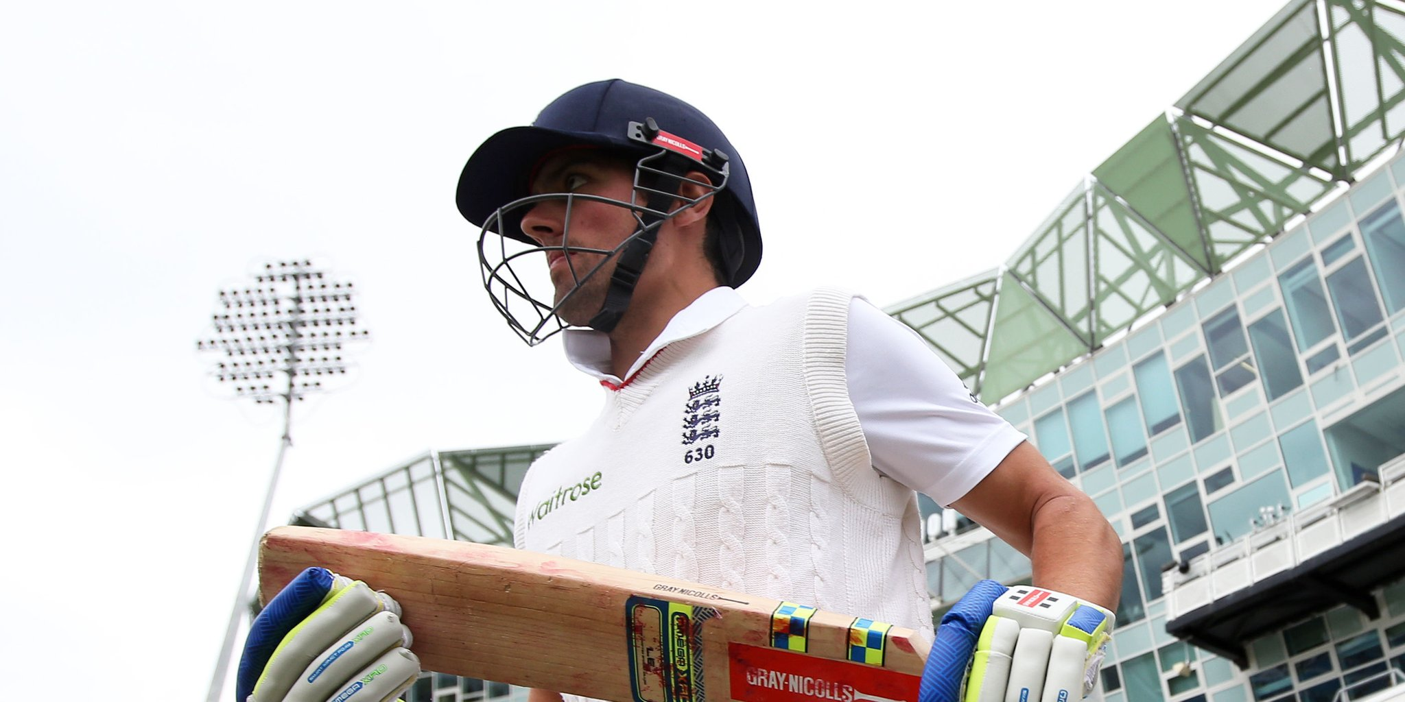 On This Day in 2015: Sir Alastair Cook surpasses Graham Gooch's run record