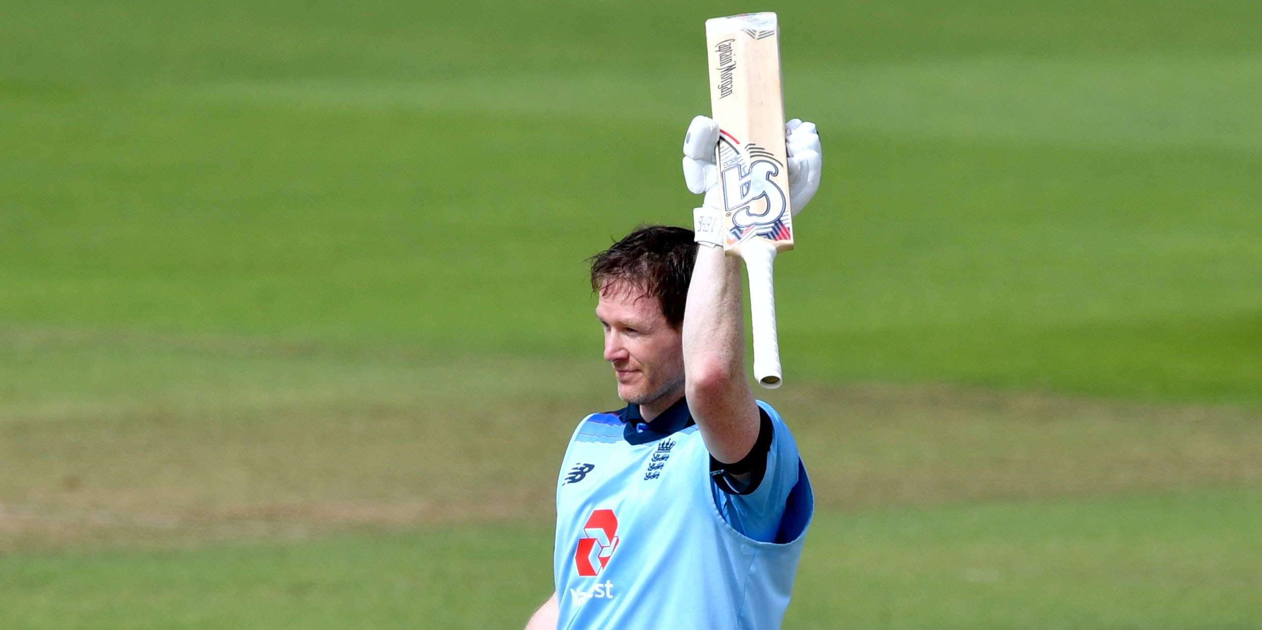 Eoin Morgan century sets England on their way to imposing total