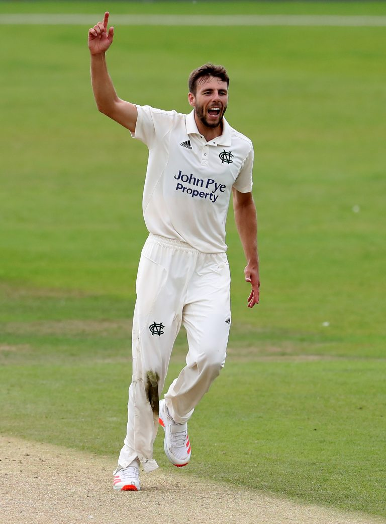 Tom Bailey finished with figures of three for 23 to help Lancashire to victory.