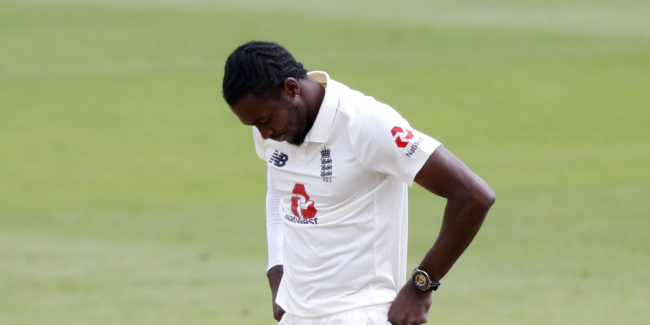 England paceman Jofra Archer to meet with specialists over ongoing elbow issue