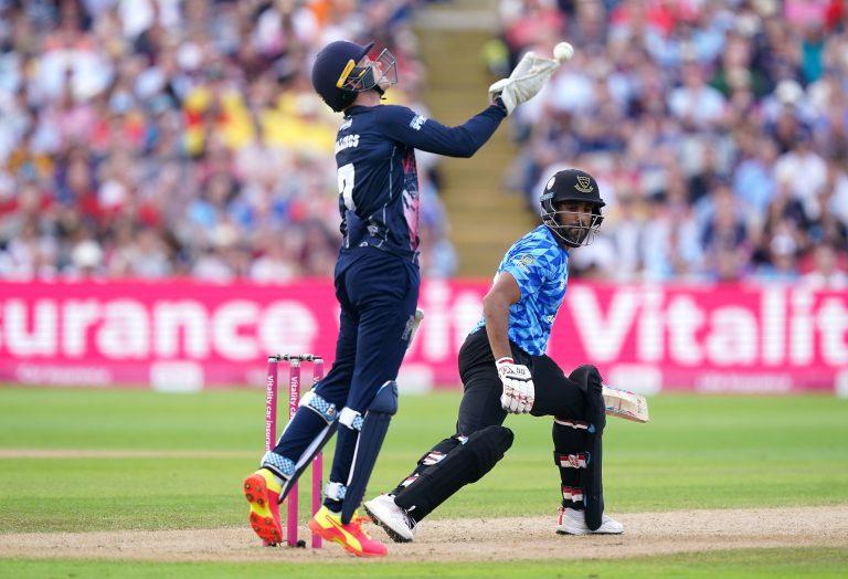 Sussex lost wickets at regular intervals