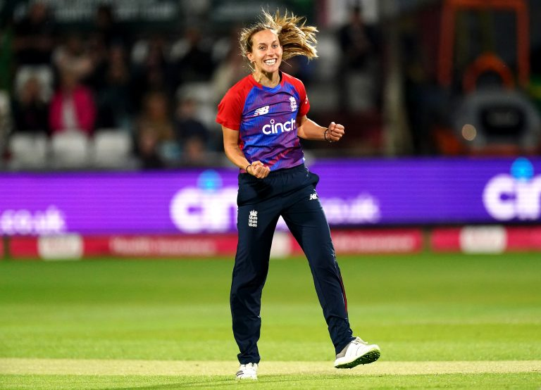 Tash Farrant earned an England recall after impressing in the inaugural Rachael Heyhoe Flint Trophy in 2020